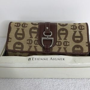 Etienne Aigner 4 x 8 wallet Never used Tag on box